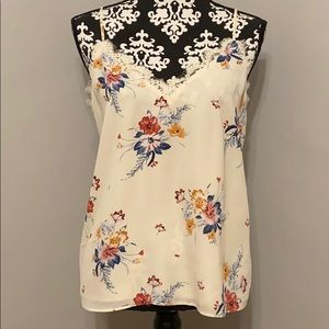 Socialite V-Neck Lace Floral Camisole NWT